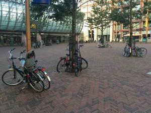 fietsen stationsplein